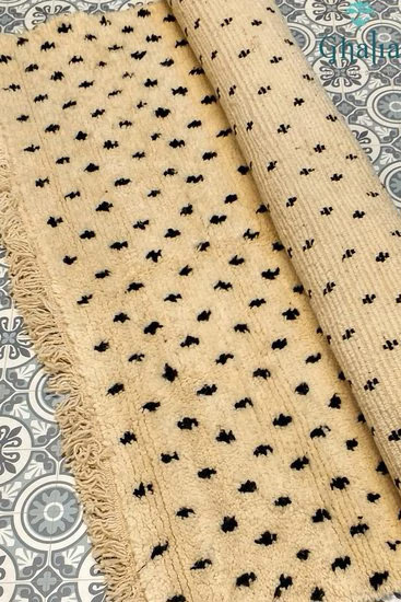 Schöne schwere marokkanische authentische Berber Teppich