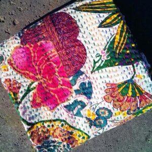 Top-Qualität Kantha Quilt indische Blumen